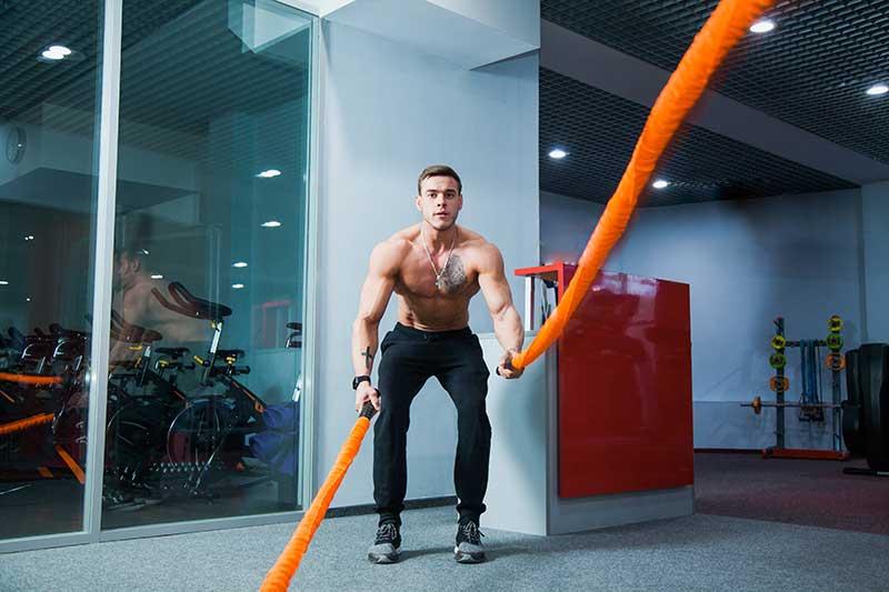 Exercices CROSSFIT avec cordes